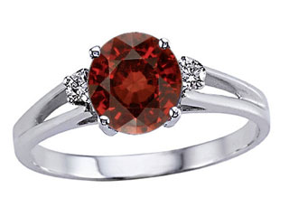 Tommaso Design Genuine Garnet Ring
