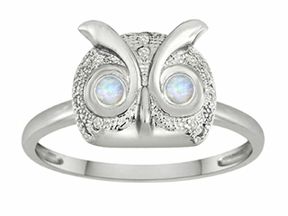 Star K Round Simulated Opal Good Luck Owl Ring