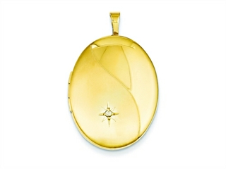 This beautiful 1/20 Gold Filled 20mm Diamond Satin and Polished Oval Locket - Chain Included, crafted in 14 kt Yellow Gold Filled. This beautiful design is set with 1 stone pave set Round Brilliant Diamond G color I1 clarity. This style measures 20.00 mm